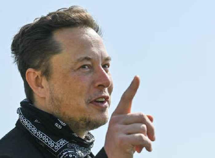 Elon Musk Shades Joe Biden After POTUS Failed To Praise SpaceX Following Their Successful All-Civilian Mission To Orbit