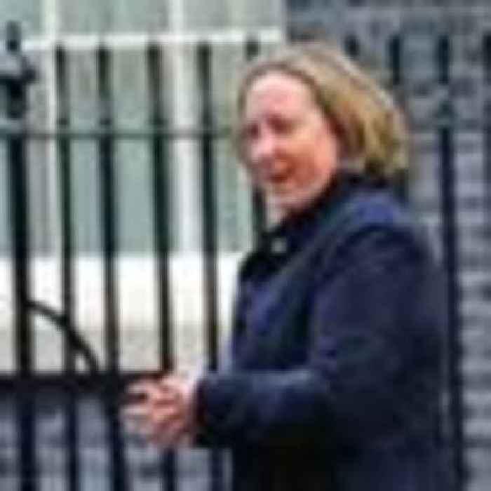 UK starts talks on joining trans-Pacific trade bloc
