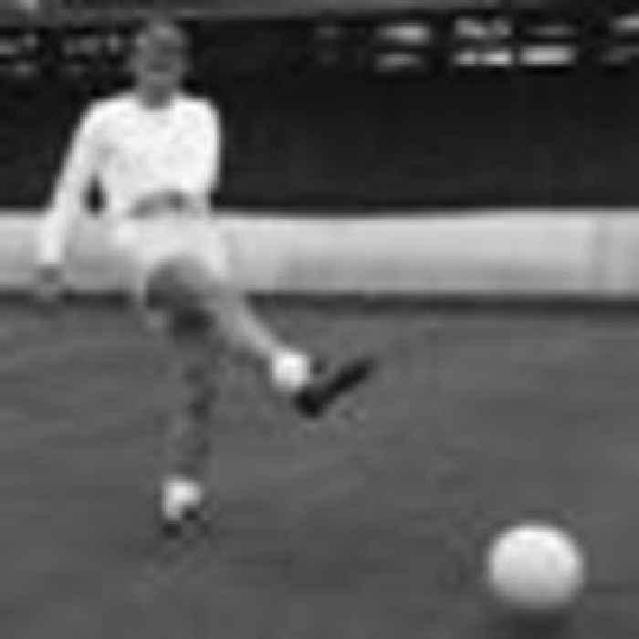 Former England and Liverpool striker Roger Hunt dies aged 83