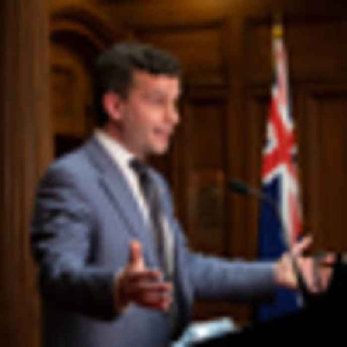 New poll has Act just 6 points behind National, while Seymour's popularity climbs