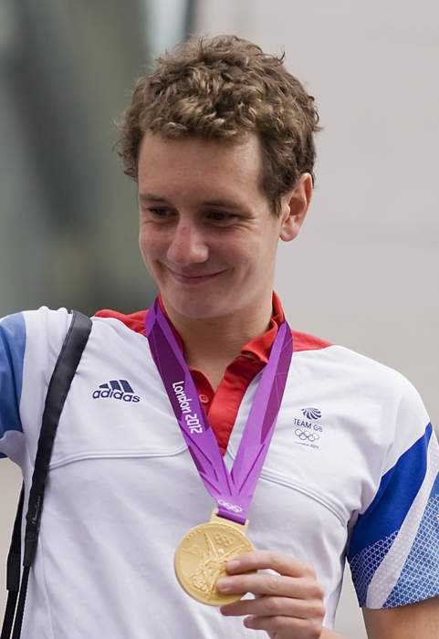 Triathlon champion Brownlee misses out as Yee selected for Tokyo Olympics