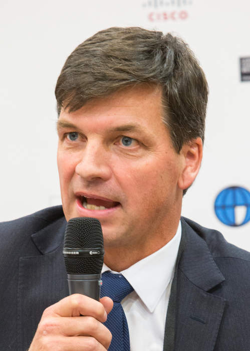 Angus Taylor hails new emissions projections as UN names Australia as climate outlier in new report