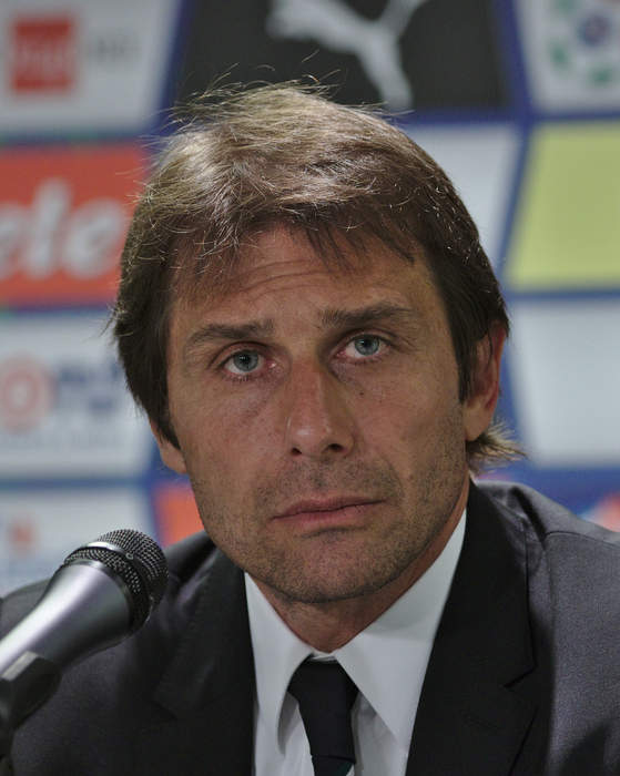 Tottenham make contact with ex-Chelsea boss Conte