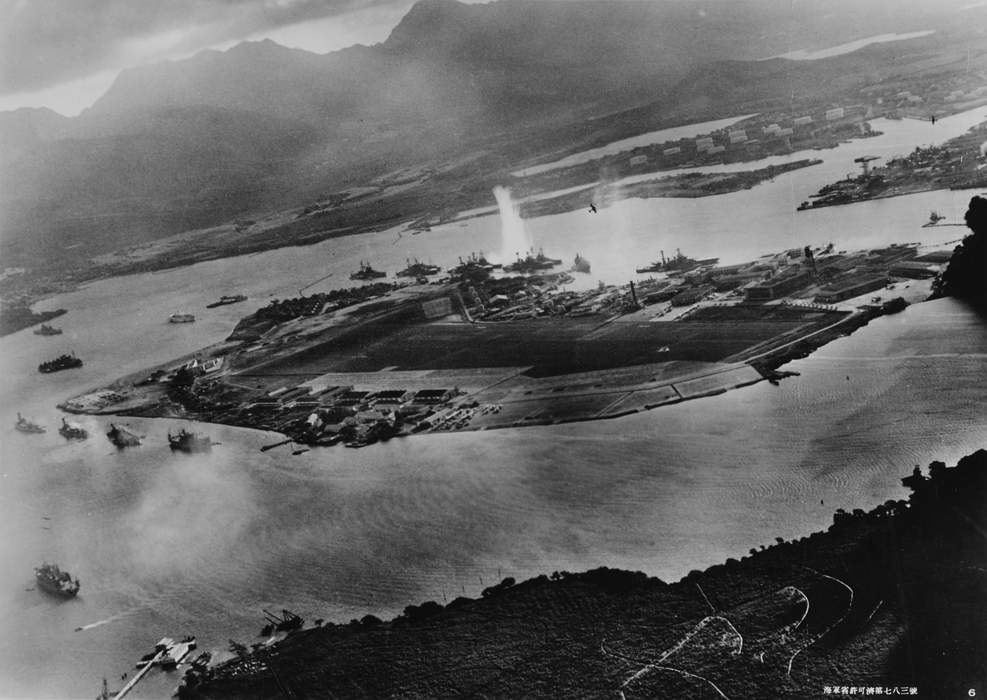 Pearl Harbor-based submarine Navy officer relieved of command following 'loss of confidence'