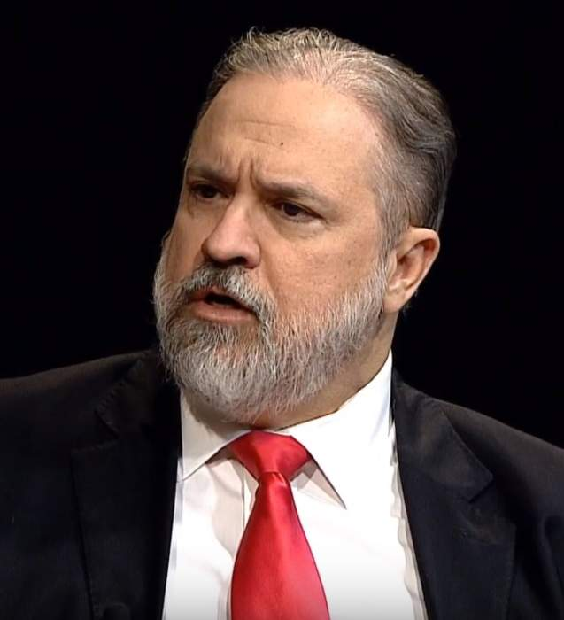 Brazil public prosecutor Aras asks Supreme Court to authorize Bolsonaro investigation