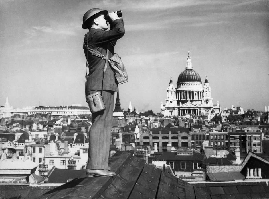 Flypast marks Battle of Britain anniversary