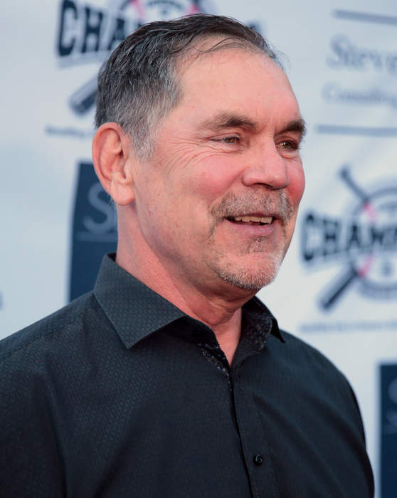 Bruce Bochy to ride into the sunset, and despite rumors, he's not coming back