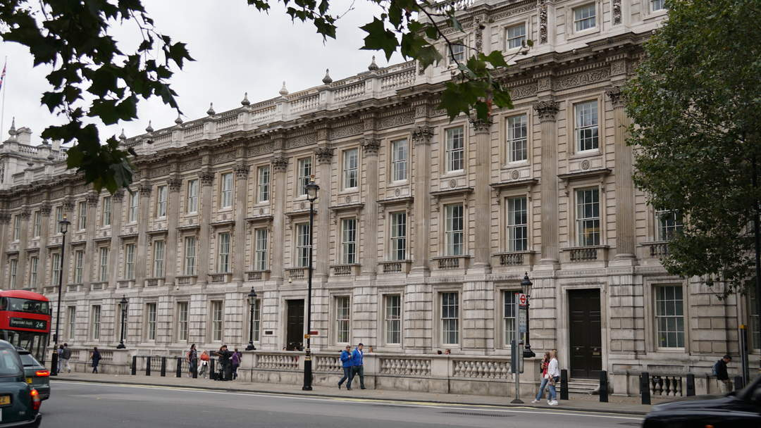 Downing Street: Millions spent on new media briefing room