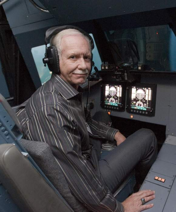 Capt. Chesley Sullenberger weighs in on LaGuardia jet skid