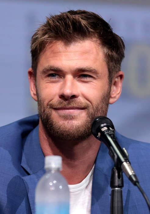 Chris Hemsworth's Star-Studded White Party Included Matt Damon