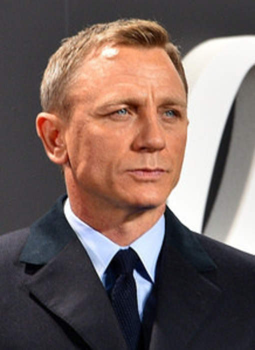 Daniel Craig unveils his star on the Hollywood Walk of Fame