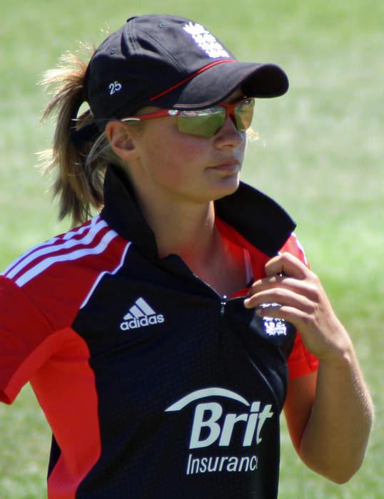 Women's Ashes - England v Australia: Wyatt caught by Mooney