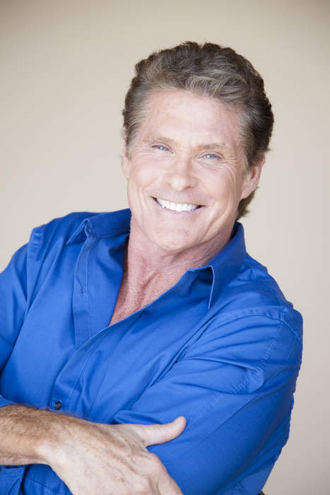 David Hasselhoff appears in German PSA vaccination video