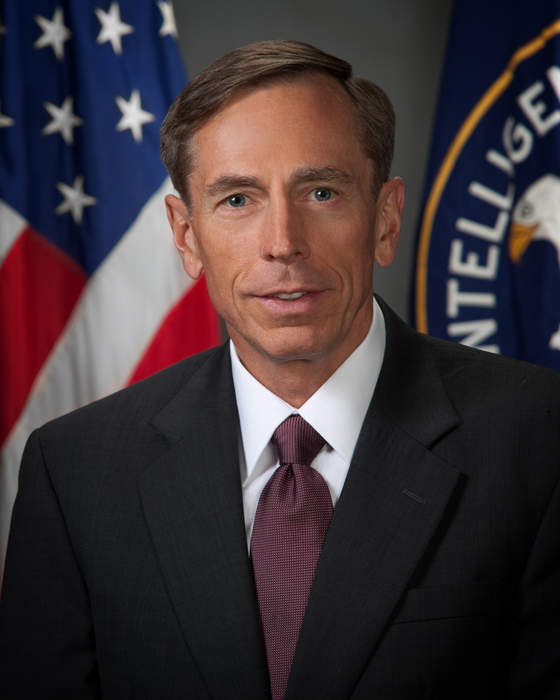 Petraeus: More U.S. participation needed to fight ISIS