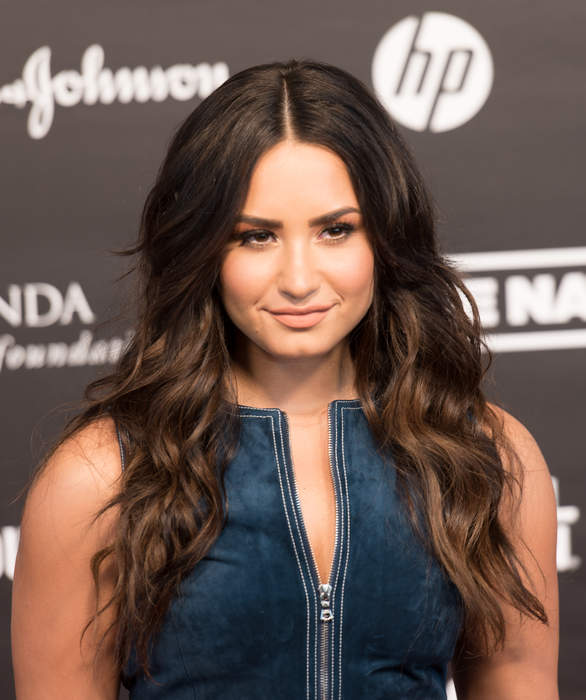 Demi Lovato, Noah Cyrus spotted holding hands during recent Los Angeles outing
