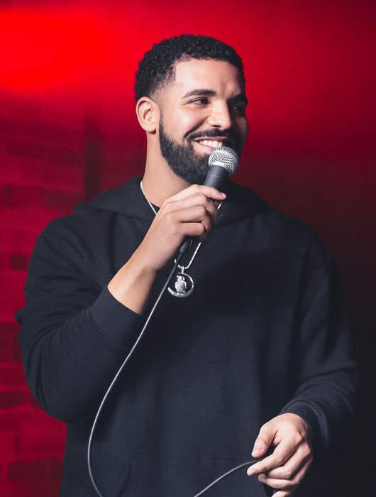 Drake Has Date Night At Empty Dodger Stadium With Johanna Leia