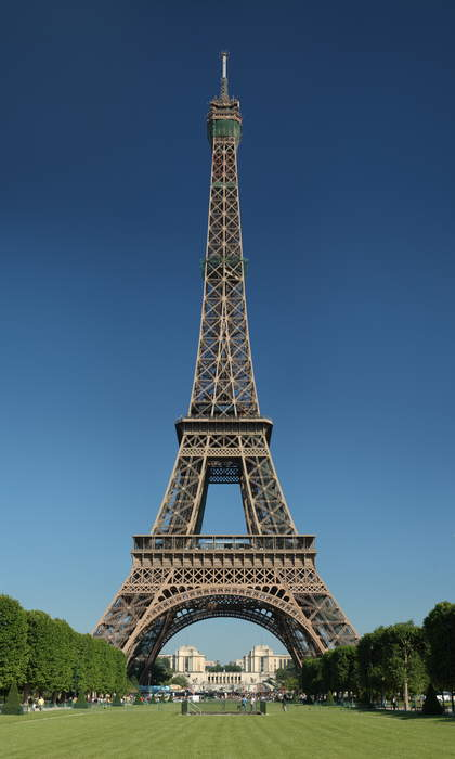 Just a rope and balance: Tightrope walker completes 2,198-foot walk from Eiffel Tower