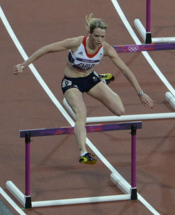 Eilidh Doyle: Scottish athlete and Olympic medallist retires at age 34