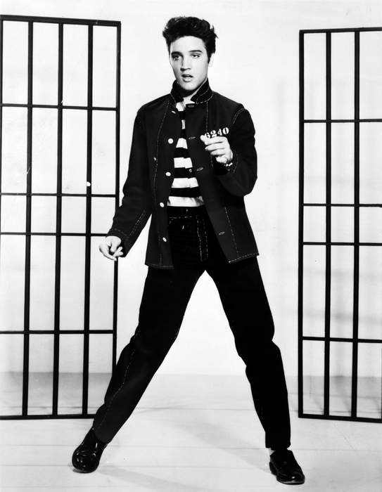 Elvis Presley's Guitar From 1968 TV Special Could Get $1M at Auction