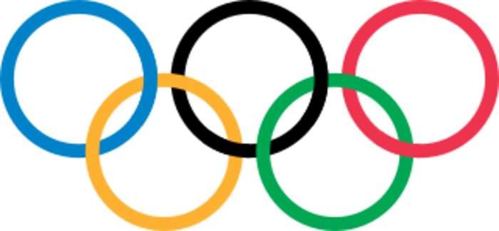 Women's Olympic Football: Canada beat USA to reach final