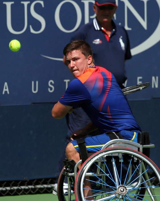 US Open: Britain's Alfie Hewett reaches men's wheelchair final