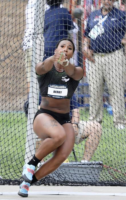Hammer Thrower Gwen Berry Protests Nat'l Anthem at Olympic Trials