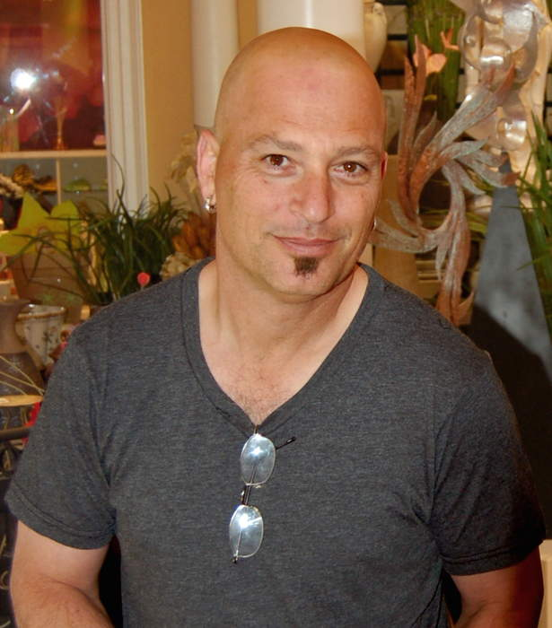 Howie Mandel Rushed To Hospital After Passing Out at Starbucks
