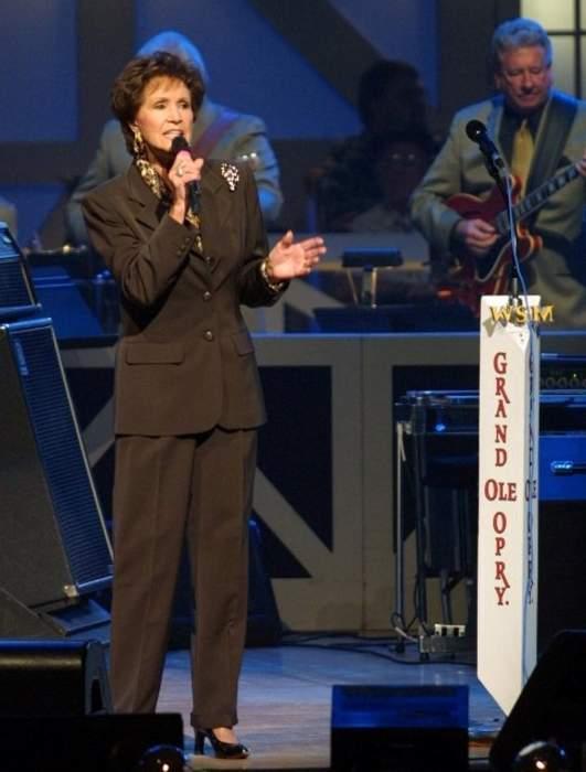 Country singer Jan Howard, the Grand Ole Opry's senior member, dies at 91