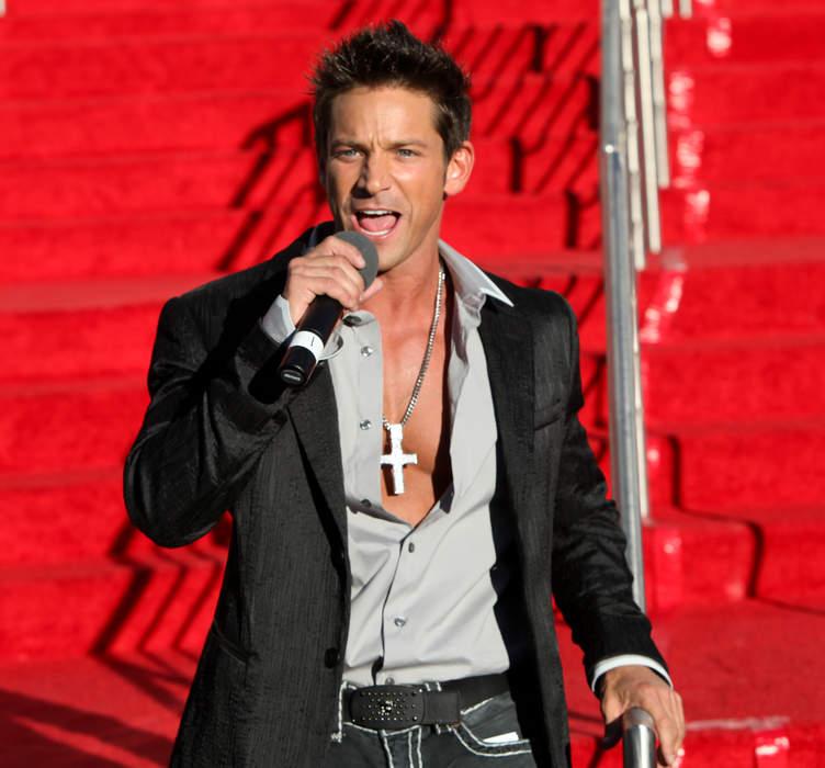 98 Degrees Singer Jeff Timmons 'Memba Him?!