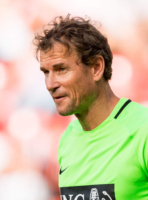 Jens Lehmann sacked by Hertha Berlin for 'quota black guy' message to Dennis Aogo