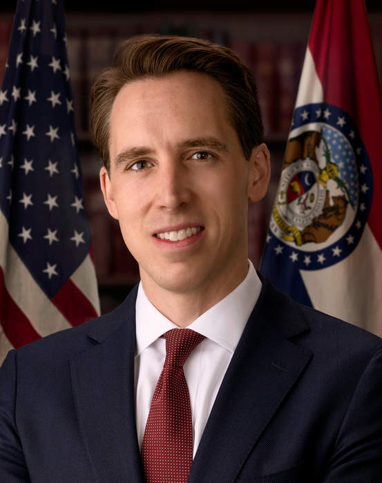 Hawley tears into Garland for FBI crackdown on alleged harassment of school officials