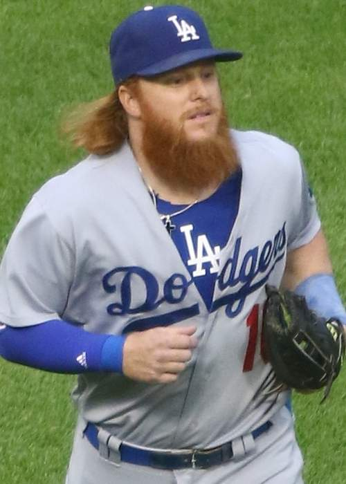 Dodgers' Justin Turner: COVID-19 debacle after World Series clincher was 'extremely difficult'