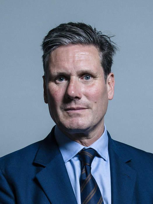 Starmer told to leave Bath pub over Covid lockdown policies