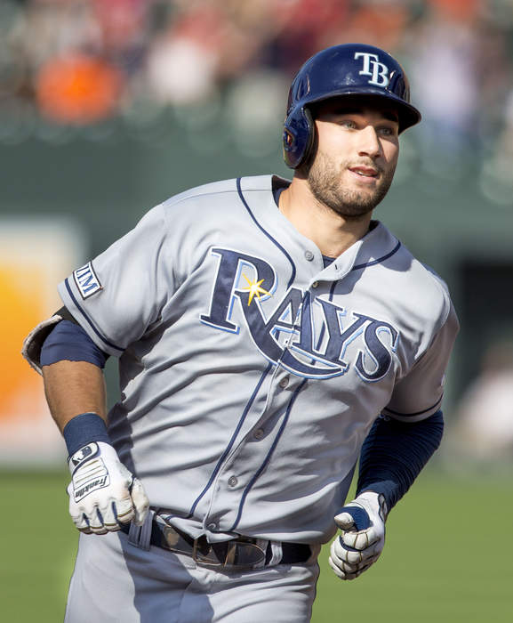 Rays' Kevin Kiermaier hit by pitch in apparent retaliation for swiping Blue Jays' scouting card
