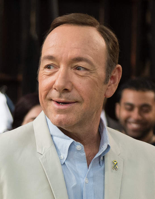 Judge orders Kevin Spacey accuser to reveal his identity in order to continue with lawsuit