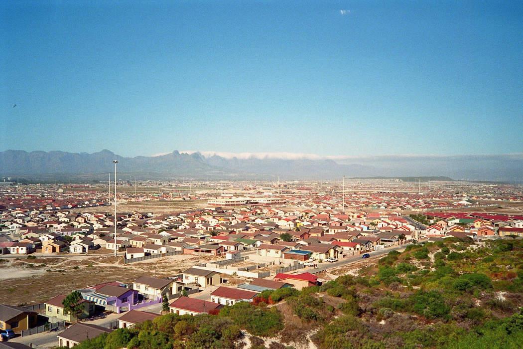 News24.com | eNCA journalists robbed at gunpoint in Khayelitsha