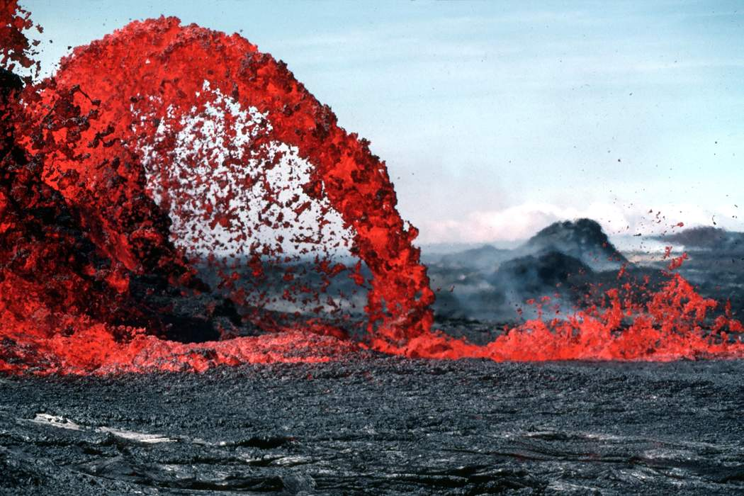 Lava pushes out Hawaii's National Guard