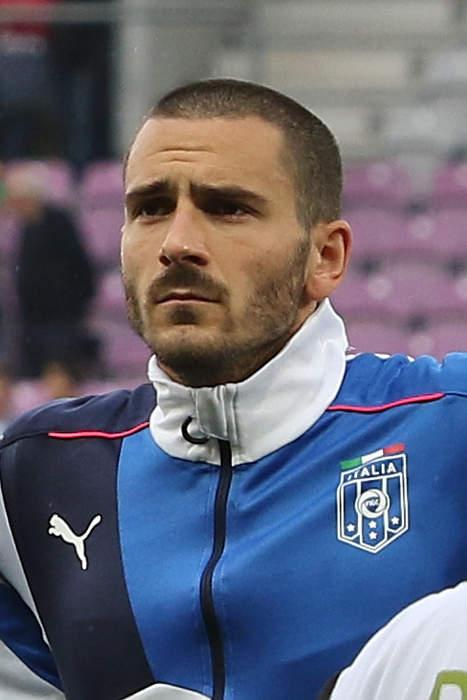 Euro 2020 final: Leonardo Bonucci pounces in penalty box to grab Italy equaliser against England