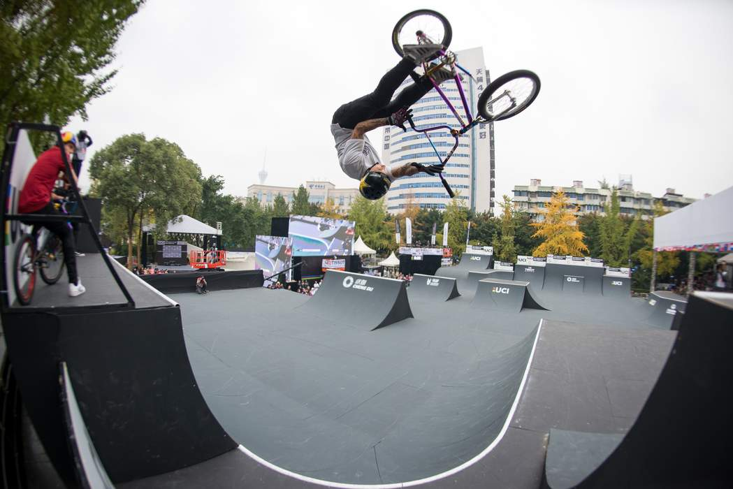'I honestly can't believe it': Logan Martin wins gold in BMX freestyle