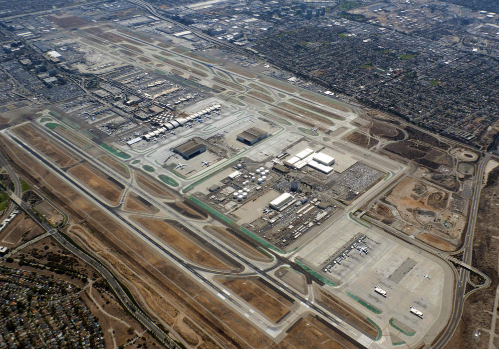 LAX officially ends curbside pickup, moves Uber, Lyft, taxis to new area