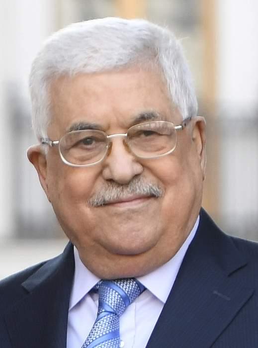 Israel's Gantz meets Palestine's Abbas for direct talks