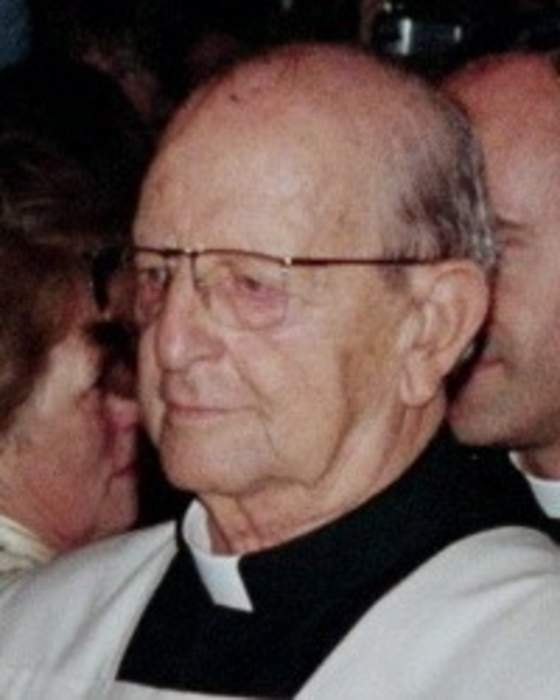 Mexican Catholic group says late leader Maciel abused at least 60 minors