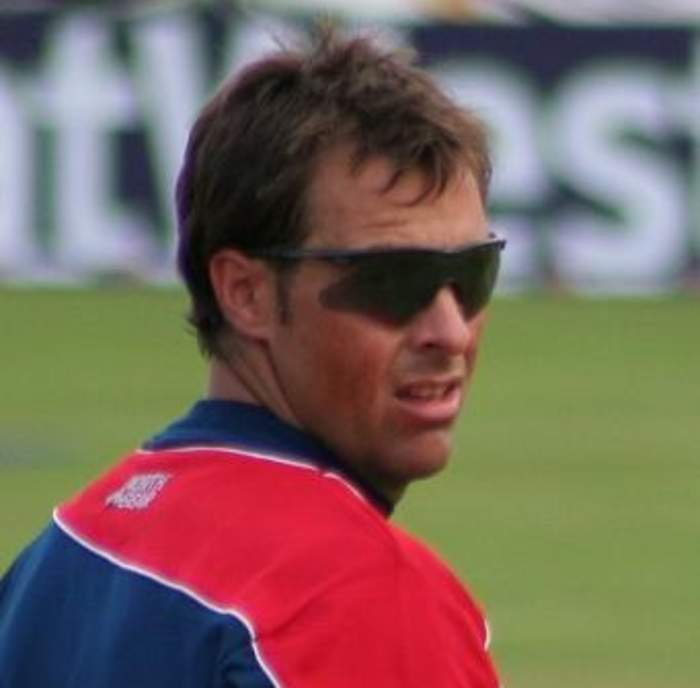 Marcus Trescothick: Somerset and ex-England batsman reflects on mental 'struggles'