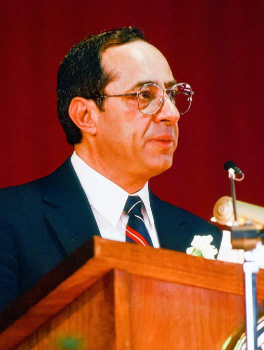 Mario Cuomo criticizes the economy
