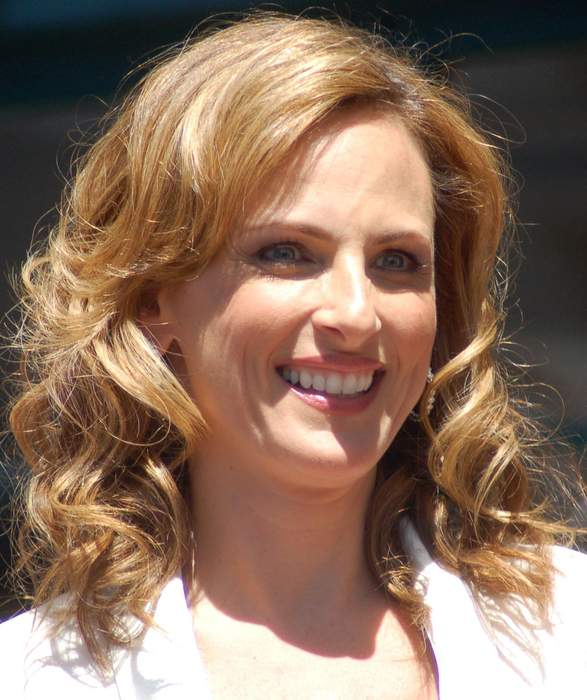 Marlee Matlin calls out Delta's accessibility problems for deaf flyers, airline responds