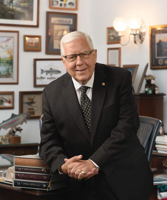 Lawmakers share condolences on late Sen. Mike Enzi after tragic bike accident