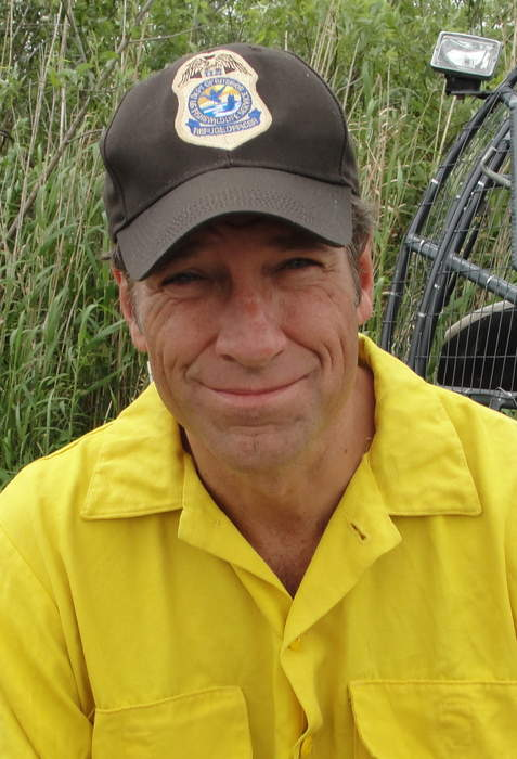 Mike Rowe: 'It's a heartbreaker' to see oil and gas workers losing jobs after Biden orders