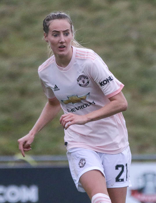 Man Utd's Millie Turner carried off on stretcher in game at Leicester