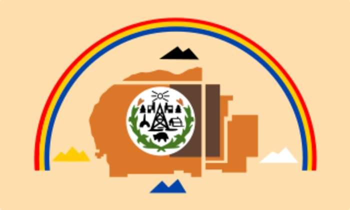 Facing Arizona surge, Navajos reimpose virus curfew