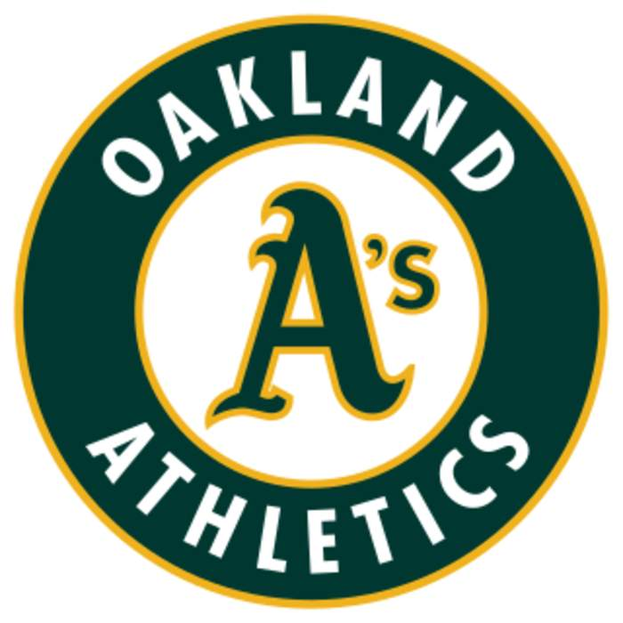 Oakland A's bench coach apologizes for apparent Nazi salute